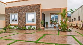 THREE BEDROOM HOUSE FOR SALE AT OLD-ASHONGMAN