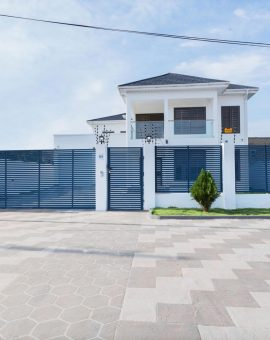 FOUR BEDROOM HOUSE FOR SALE IN ADJIRINGANOR