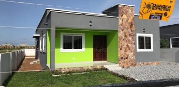 THREE BEDROOM HOUSE FOR SALE AT KASOA OPEIKUMAN