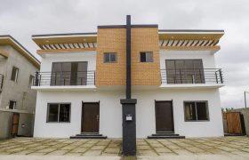 3 BEDROOM HOUSE SALE AT EAST LEGON HILLS