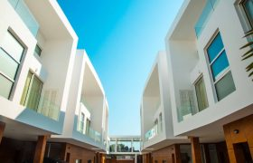 4 Bedroom Townhouses For Sale in Airport Residential Area